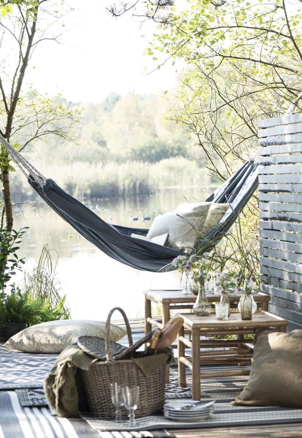 Gartenmöbel im skandinavischem Design, Bild 1