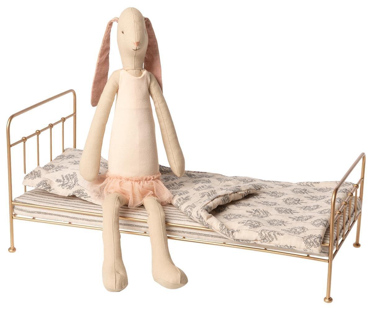 Maileg Ballerina Häschen mit goldenem Metall Bett