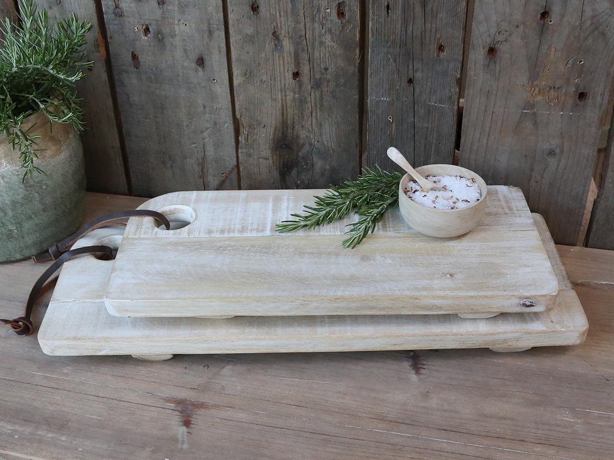 Impressionen zu Chic Antique Laon Tapasbrett aus Mangoholz mit Füßen, Bild 1