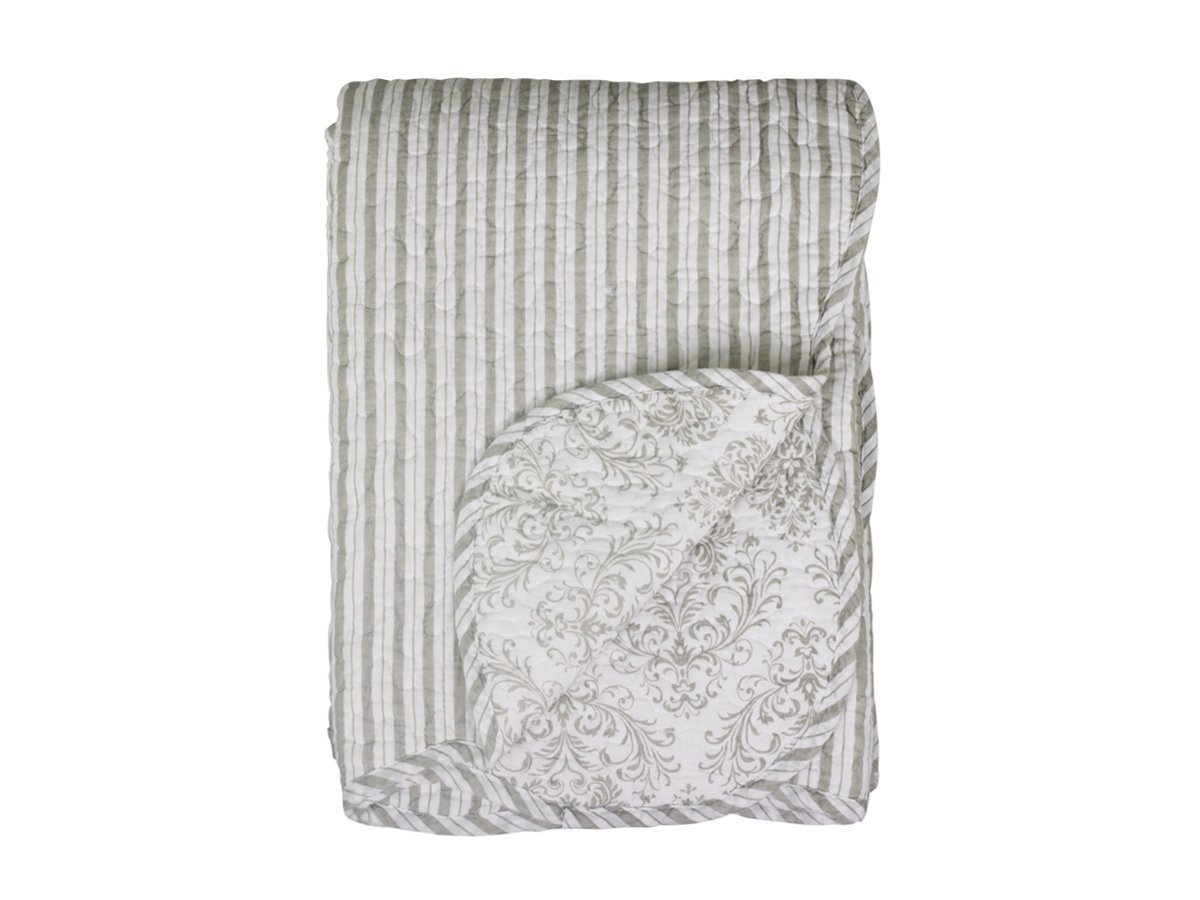 Chic Antique Quilt Muster