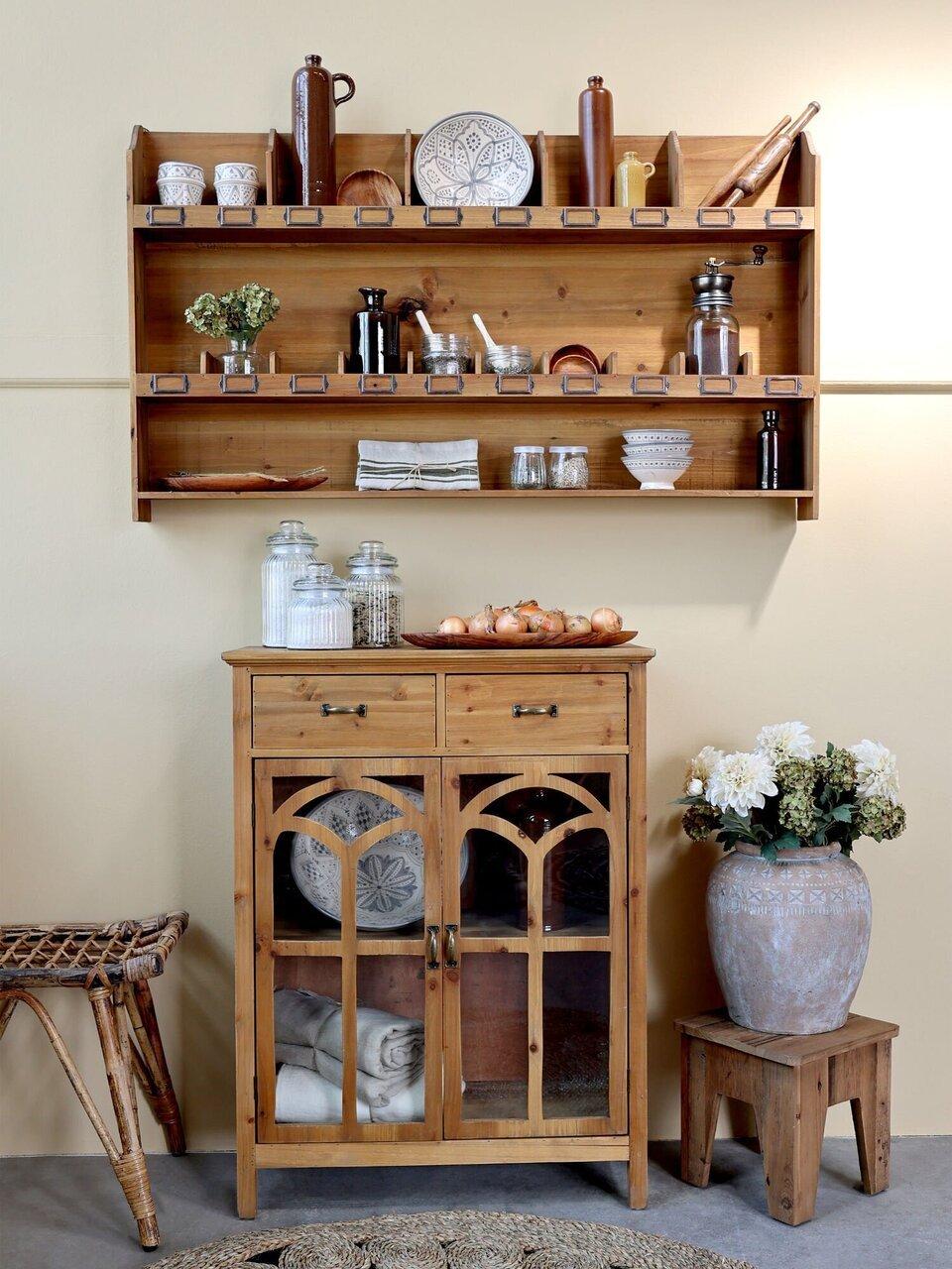 Gemütliche und rustikale Kücheneinrichtung mit Chic Antique