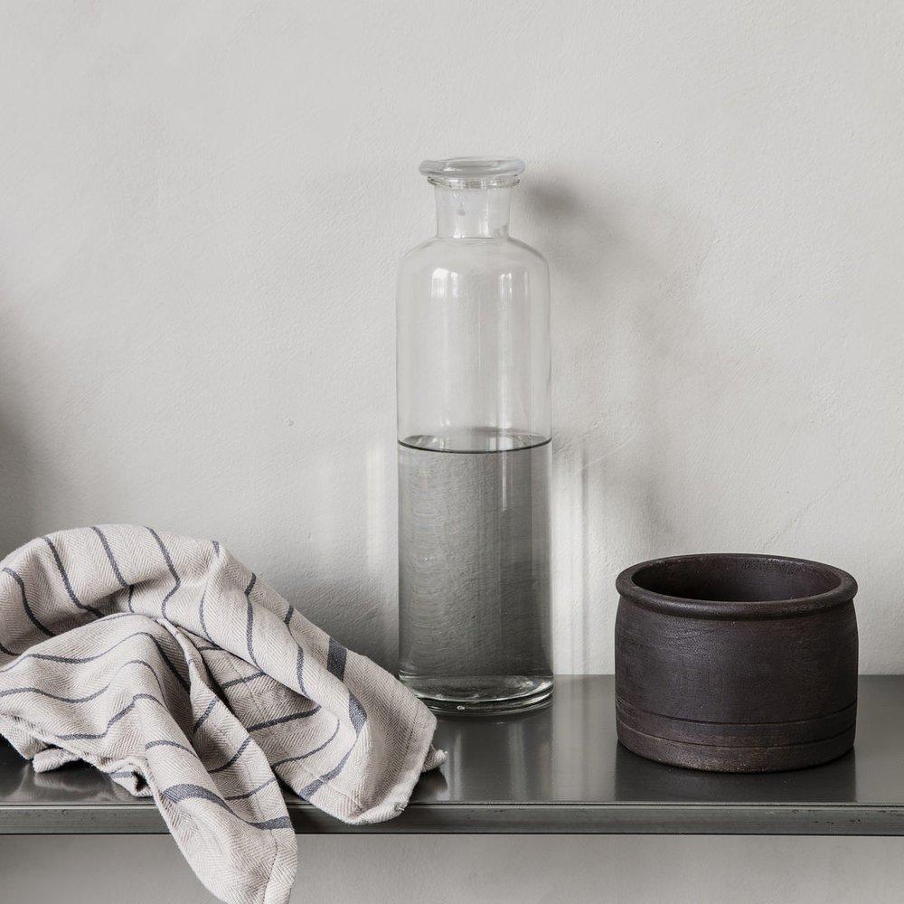 Impressionen zu House Doctor Glasflasche mit Deckel Farma, Bild 1