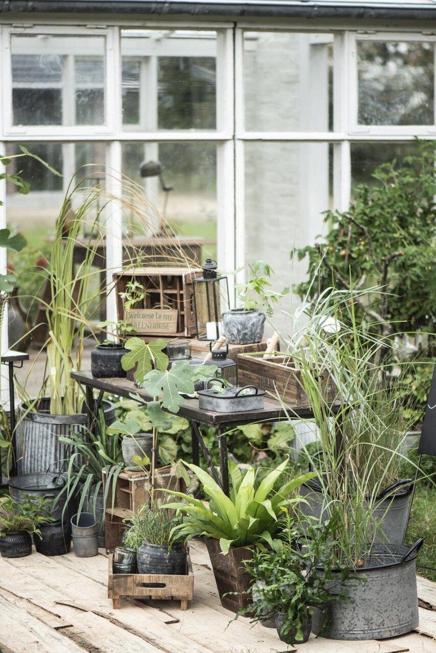 Grünes Wohnzimmer mit IB Laursen