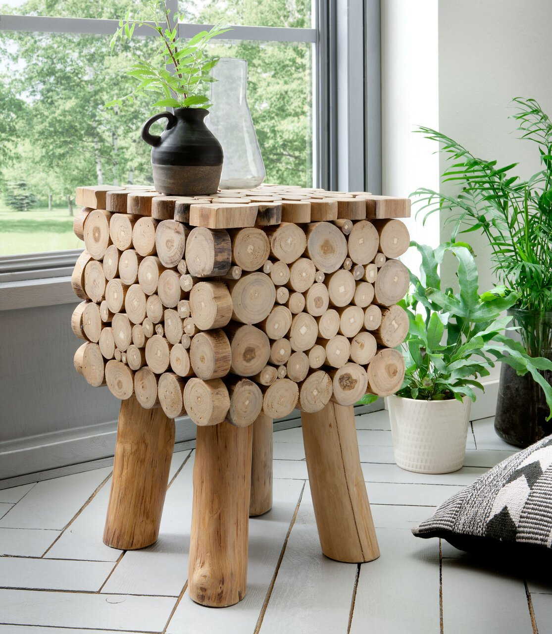 skandeko Unikat Hocker aus recyceltem Holz