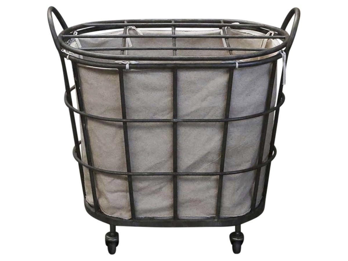 Chic Antique Wäschekorb auf Rädern