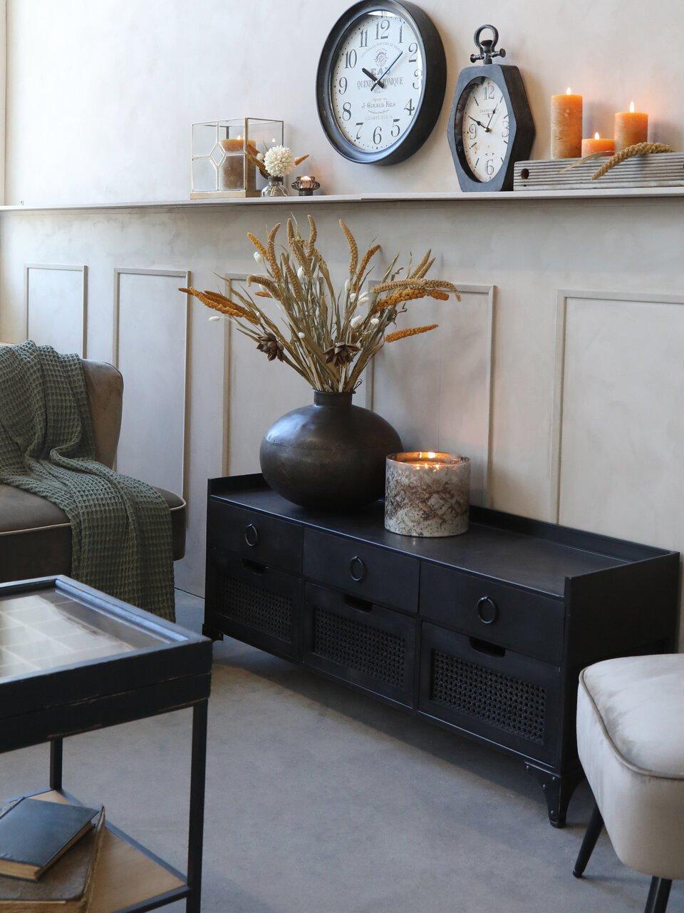 Wohnzimmer Gemütlichkeit mit Chic Antique